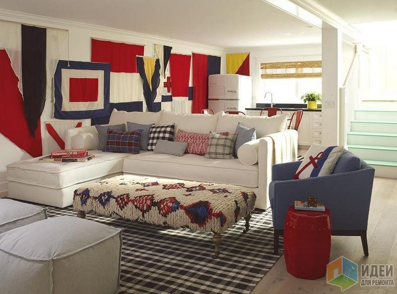 Смелое решение: настоящие морские флаги в интерьере. Дзайн: Burnham Design