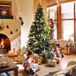 Праздник в доме: 15 красивых новогодних елок, декор которых вам захочется повторить