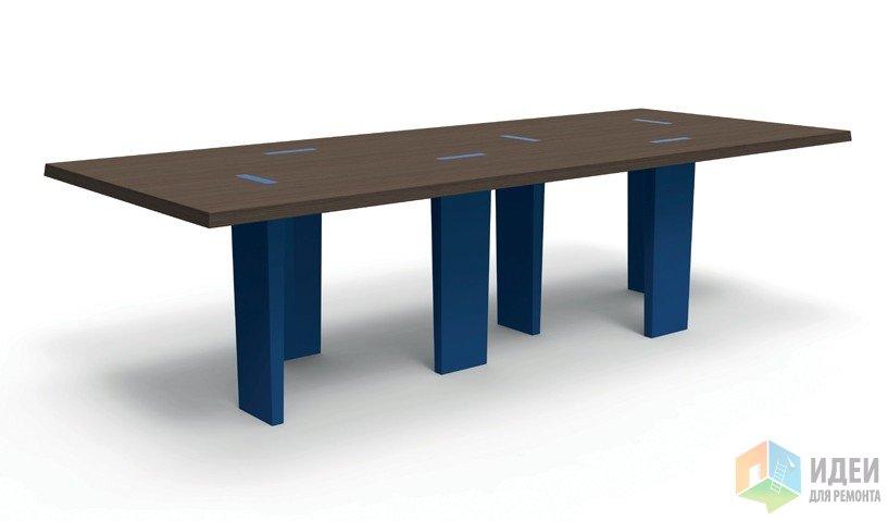 Стол на колоннах