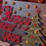 Новогоднее украшение в стиле стрейт-арт