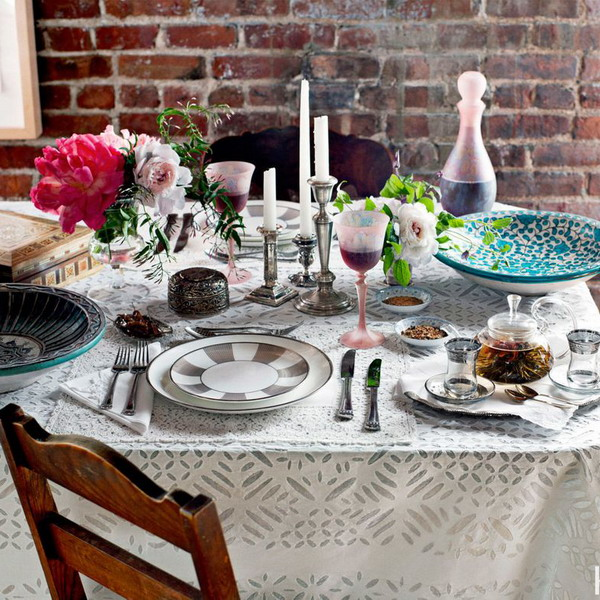 home-romantic-tablescapes-in-valentines-day8
